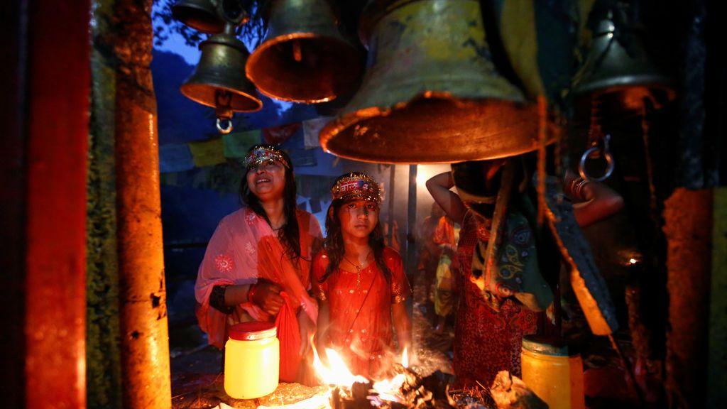 Ritual religioso en Nepal