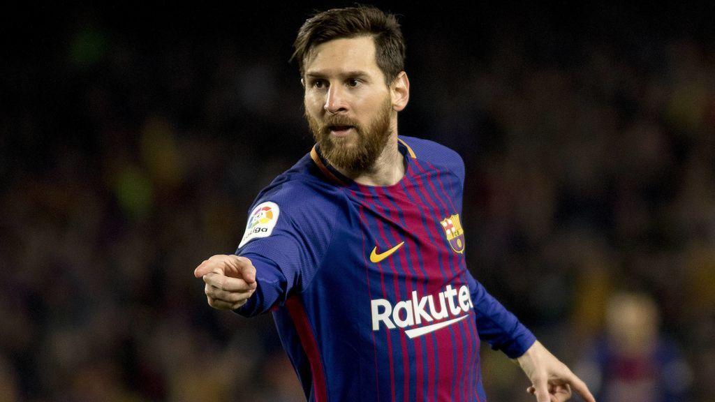 """El hijo de Messi 'flipa' viendo a su padre jugar: """"Es muy bueno jugando al fútbol, ¿eh?"""""""