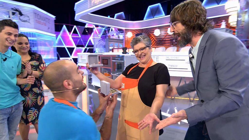 La magia de Teresa y Jesús les convierte en ¡ganadores de 'Mi madre cocina mejor que la tuya'!