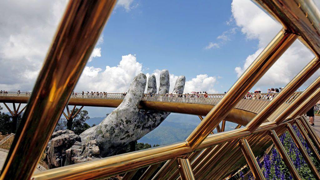 Resultado de imagen para puente de oro vietnam