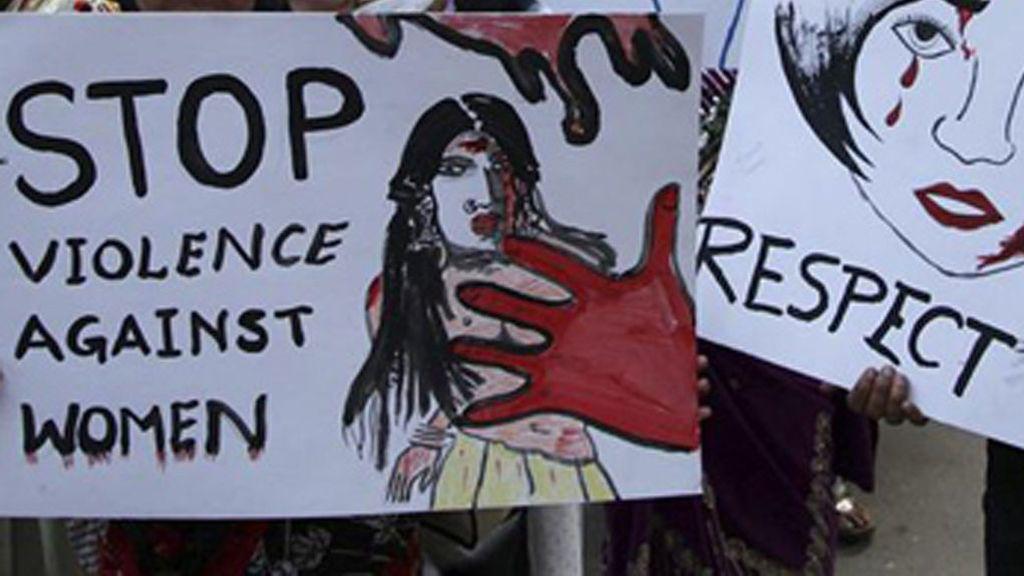 Una joven, condenada a prisión por abortar después de que su hermano la violara