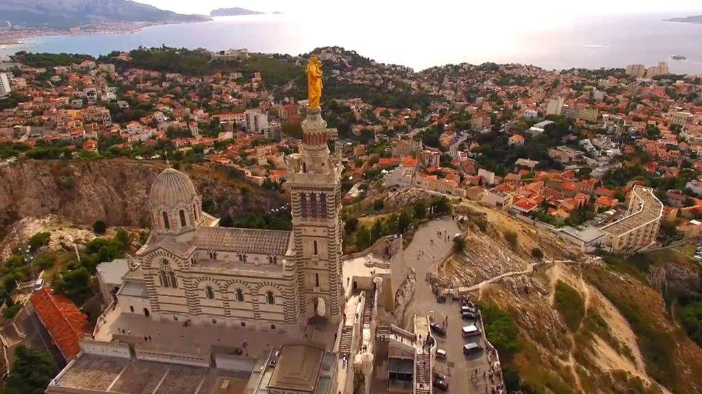 Si vas a Marsella tienes que pedirle un deseo a la Notre Dame de la Garde