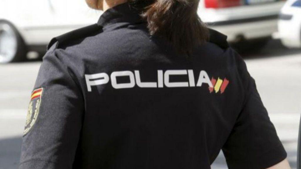 Detenido un joven por arrojar droga al patio de la cárcel en Melilla