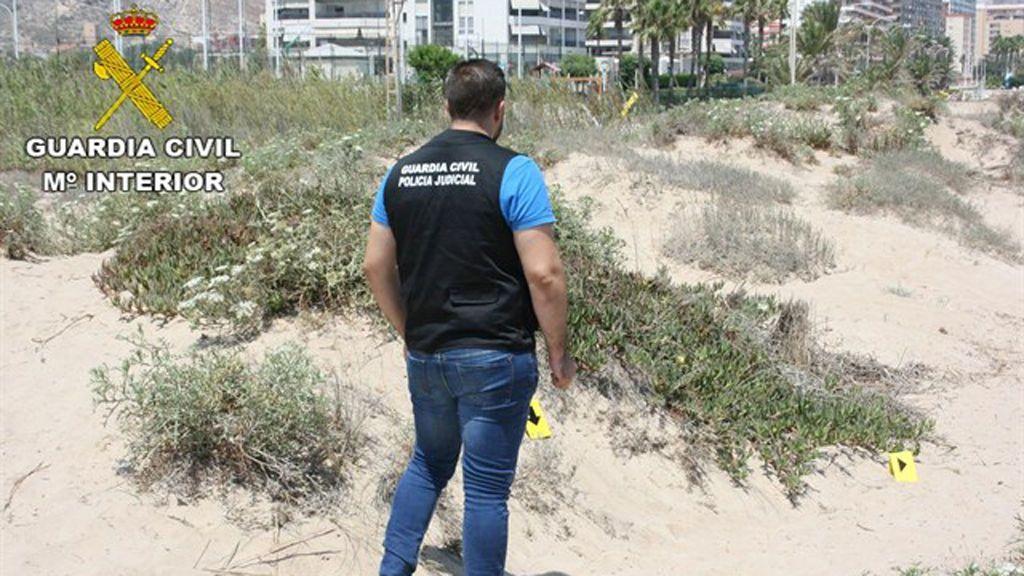 Un joven ingresa en prisión por intentar violar a una mujer en una playa de Cullera