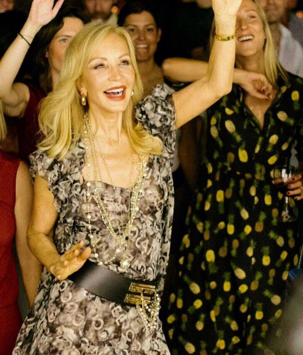 Carmen Lomana está living porque cree que David Guetta ha pinchado el himno de la falange