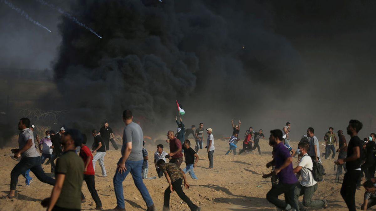 Un palestino muerto y más de 200 heridos por los enfrentamientos en Gaza