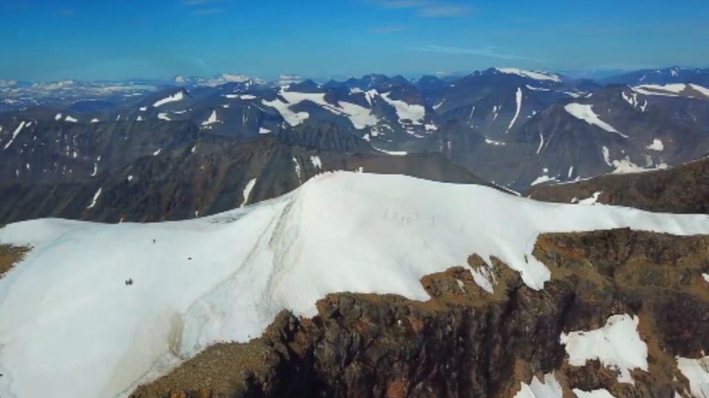 Altas temperaturas causan alarma: Derriten la cima más alta de Suecia