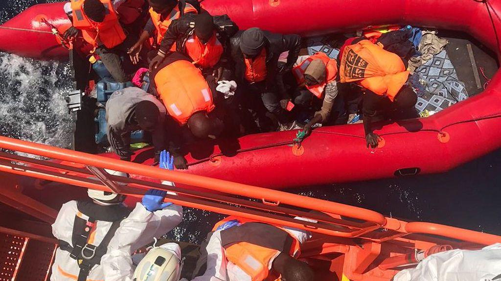Rescatan a más de 600 migrantes en las costas españolas durante el fin de semana