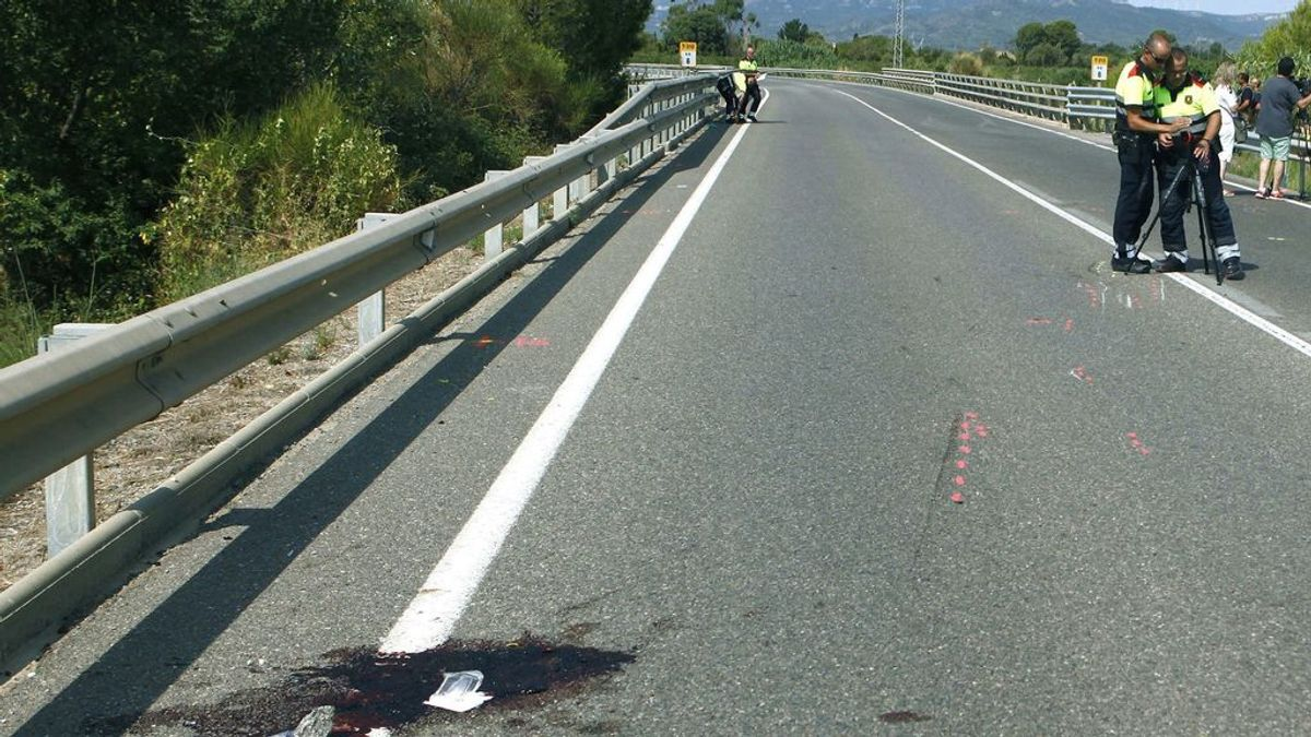 Mueren dos ciclistas arrollados por un coche en Tarragona