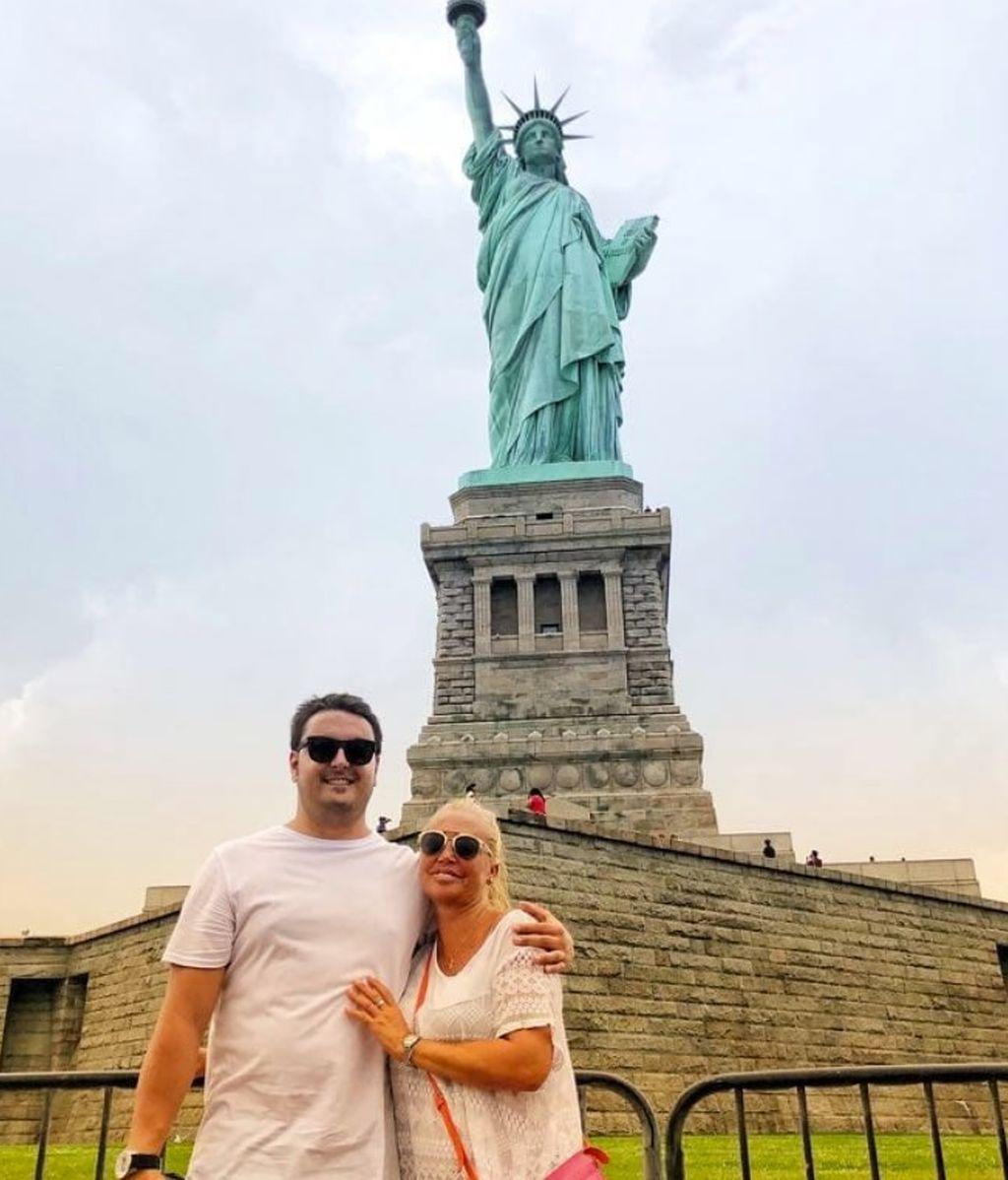 De la Estatua de la Libertad al Bronx: Belén Esteban se patea Nueva York en sus vacaciones con el Míguel