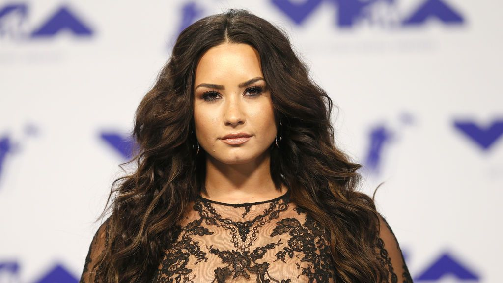 Demi Lovato reaparece ante los medios tras sufrir una sobredosis