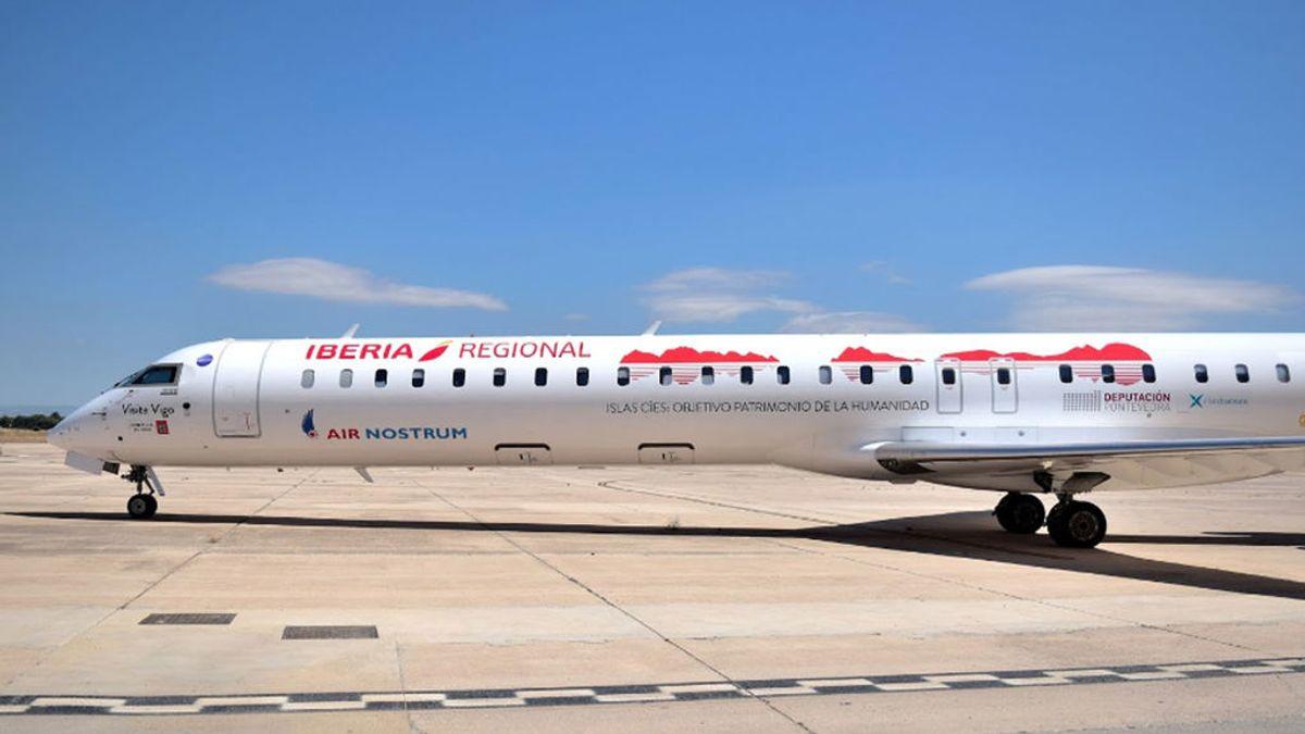 87 pasajeros  esperan desde hace 24 horas en París por una avería del avión que los traía a Vigo