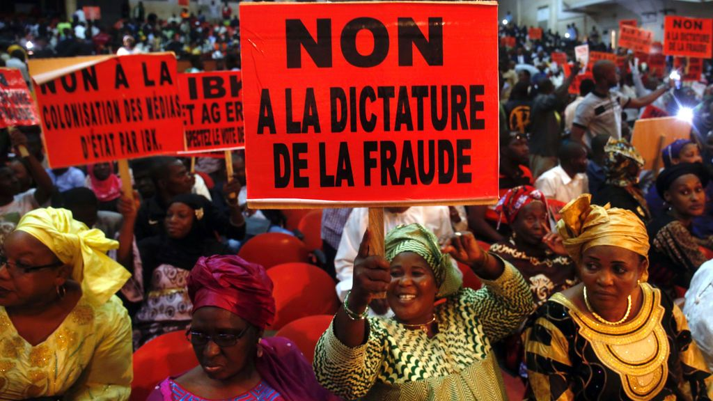 """""""No a la dictadura"""" en Mali"""
