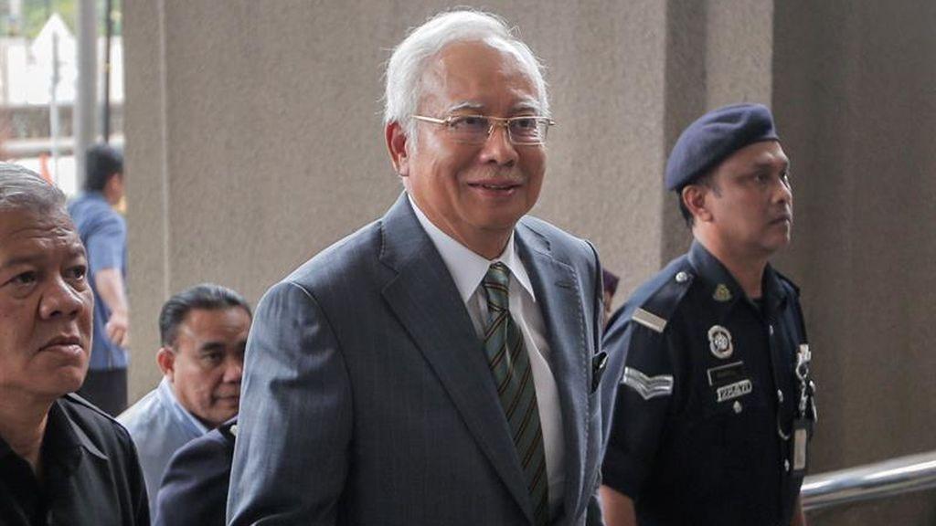 Más cargos contra el exprimer ministro de Malasia por corrupción