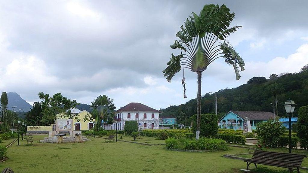 Detenidos tres ciudadanos españoles en Santo Tomé y Príncipe acusados de participar en una intentona golpista