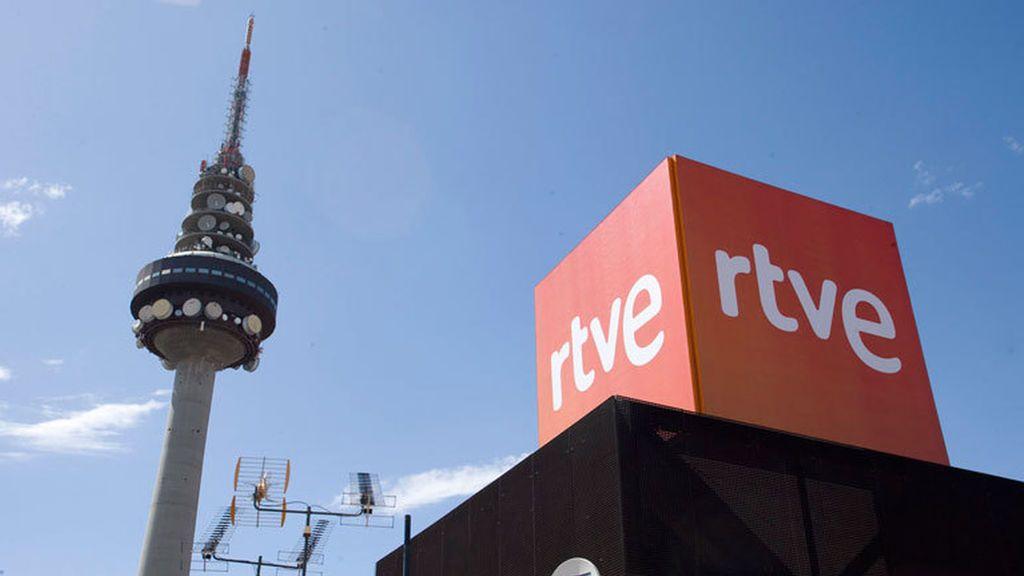 Sede de RTVE junto al madrileño Pirulí.