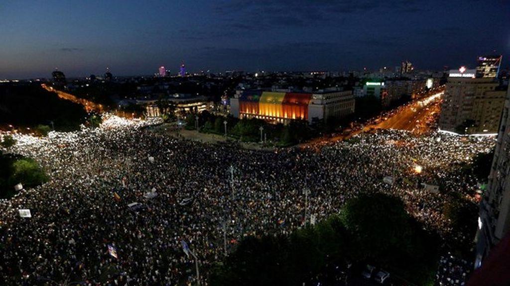 La protesta anticorrupción en Rumanía se vuelve violenta