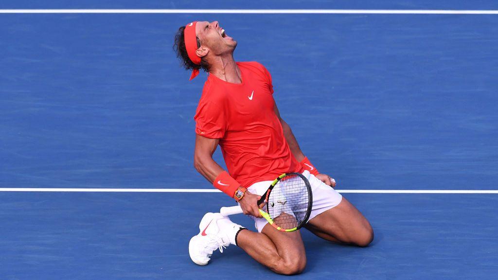 Nadal alza su título 80 tras ganar a Tsitsipas en Toronto