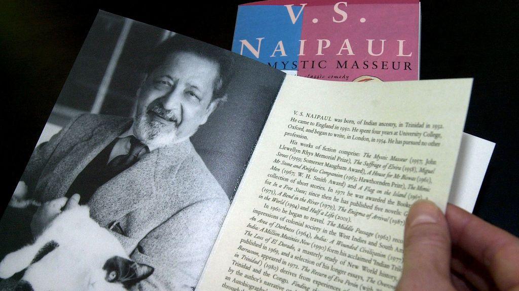 Fallece el escritor británico y premio Nobel de Literatura V.S. Naipaul a los 85 años