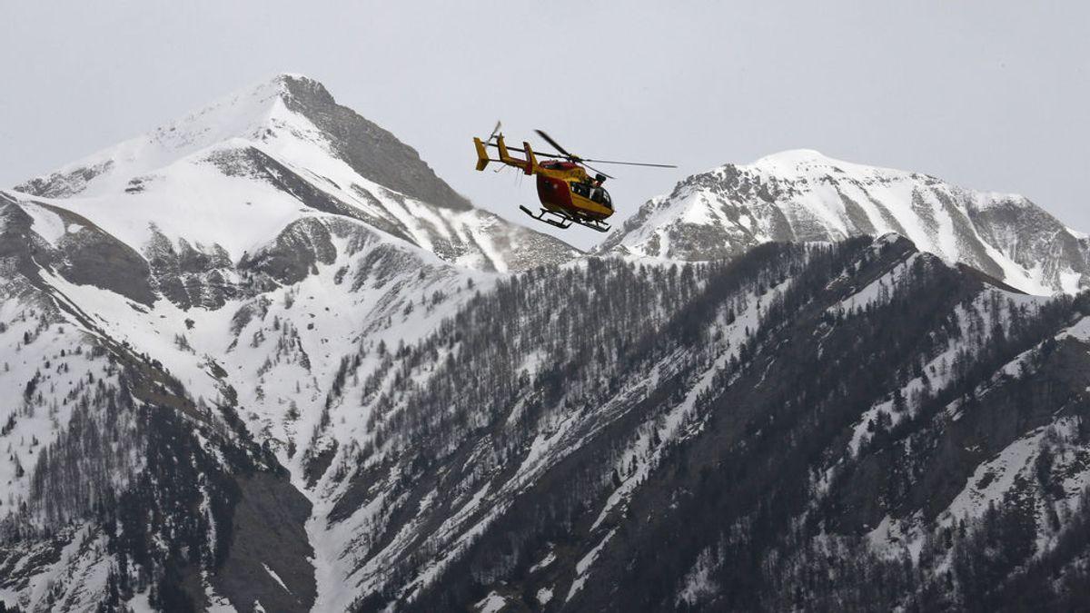 Rescatan con vida a un montañero español en Tayikistán tras un accidente de helicóptero