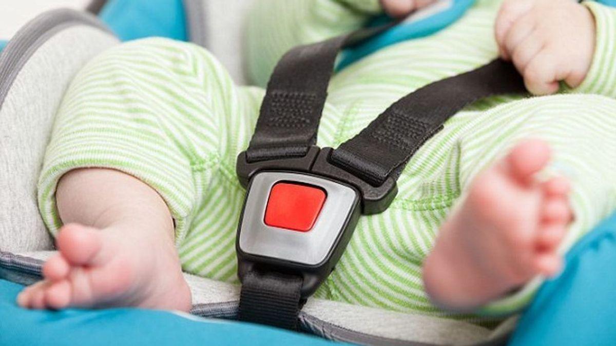 Una bebé de 10 semanas fallece tras ser olvidada en el interior de un vehículo