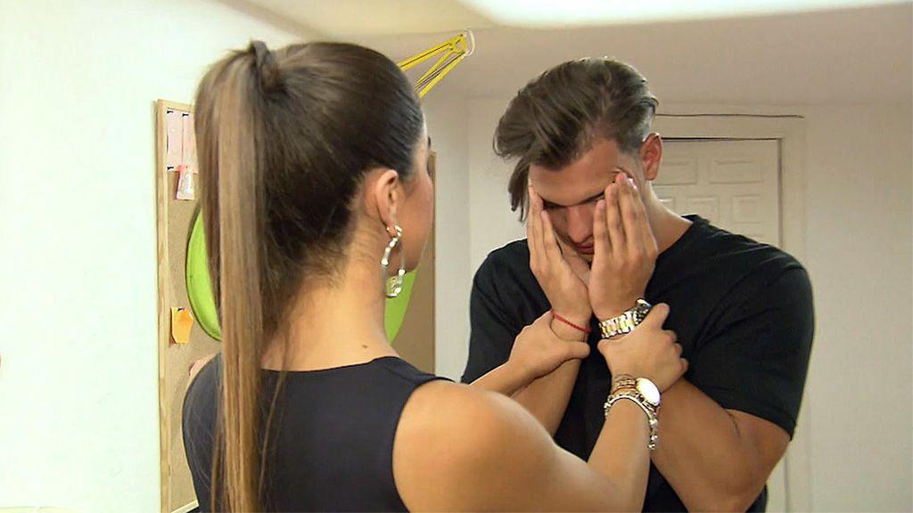 """Pedro termina llorando por las puyas de Violeta: """"Estoy cansado de cómo me tratas"""""""