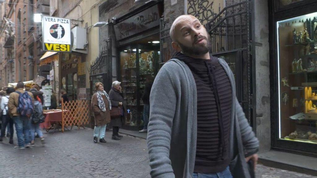 """Nápoles, un lugar peligroso para los homosexuales: """"No me doy besos en la calle, la Camorra puede pegarme un tiro"""""""