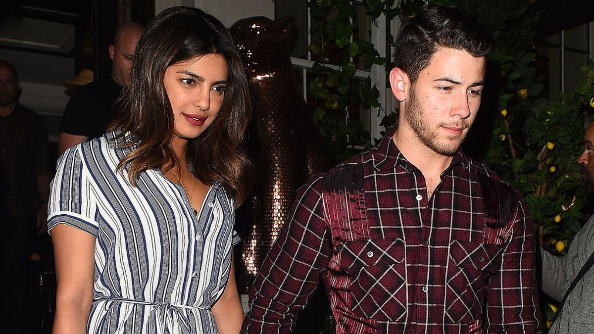 Priyanka Chopra y Nick Jonas, la noche del 16 de julio de 2018, cuando celebraron el 36 cumpleaños de la actriz de 'Quantico'.