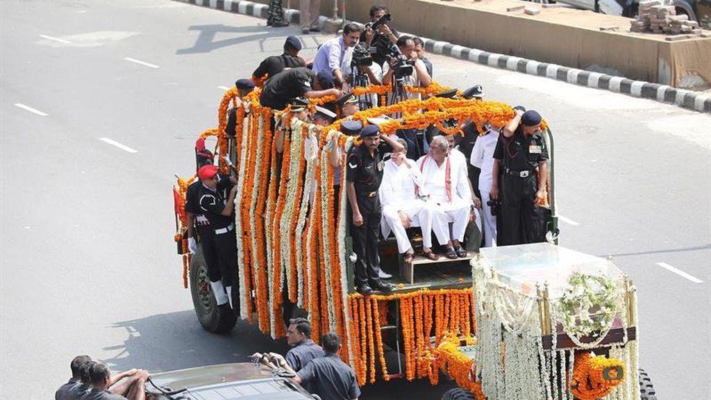 Homenaje en India a la muerte de su exlíder