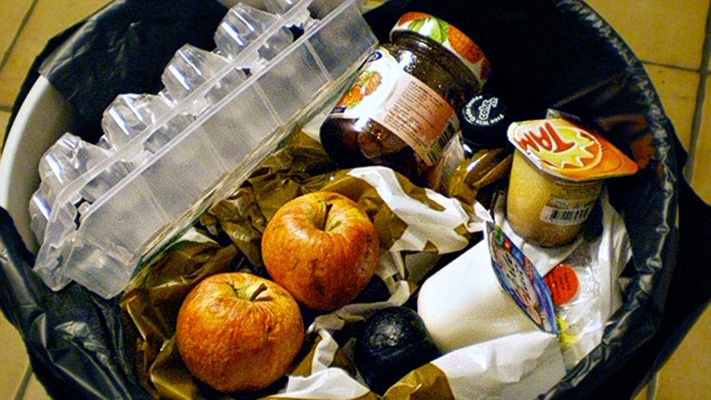 Los españoles tiramos 23,6 kilos de alimentos semanales a la basura en 2017