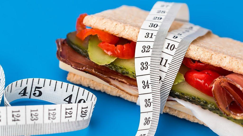 Cinco maneras de controlar el hambre en una dieta