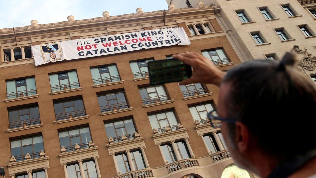 Boicot al Rey por su presencia en el homenaje de Barcelona