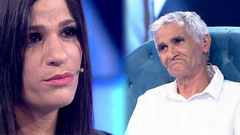 Un padre rechaza a su hija tras un tenso reencuentro lleno de mentiras y reproches