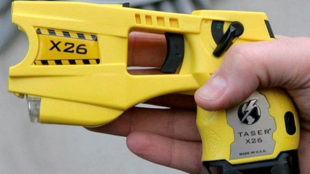 Así son las pistolas eléctricas que piden los Mossos para defenderse