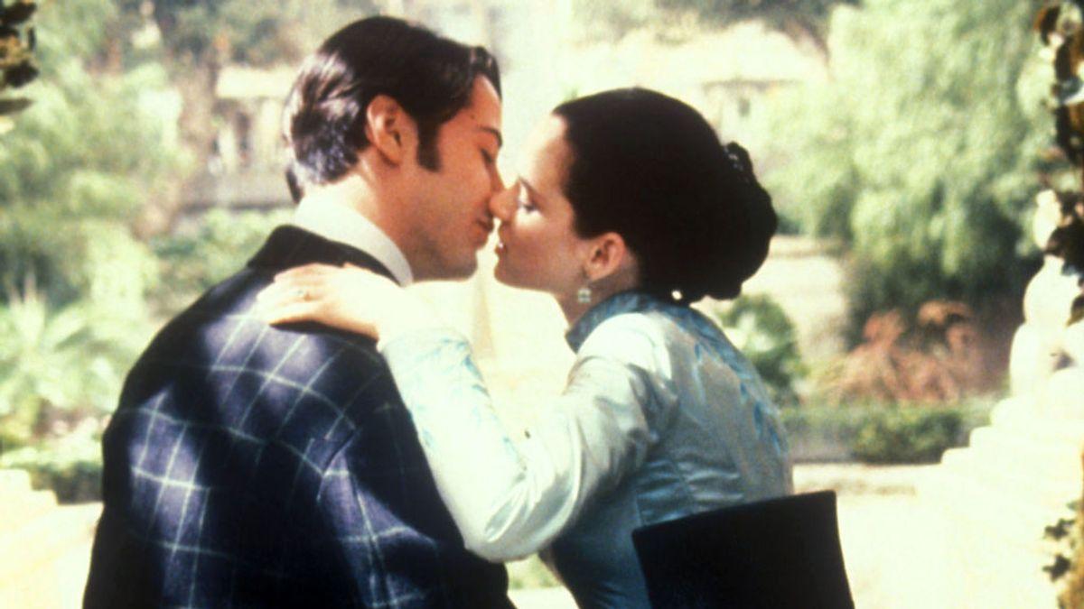 Winona Ryder podría llevar 25 años casada con Keanu Reeves y ninguno de los dos lo sabía