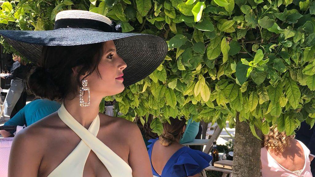 María Sánchez 'GH 12+1' lanza su propia marca y luce uno de sus diseños en una boda