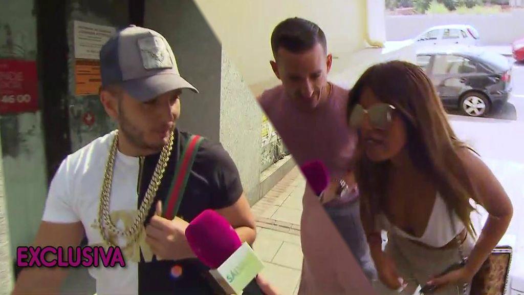 """La reacción de Omar Montes y Chabelita tras la foto de Matalascañas: """"No está el horno para bollos"""""""