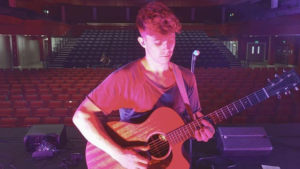 Josh Gray, el cantante que voló de su 'HomeTown' para perseguir sus sueños