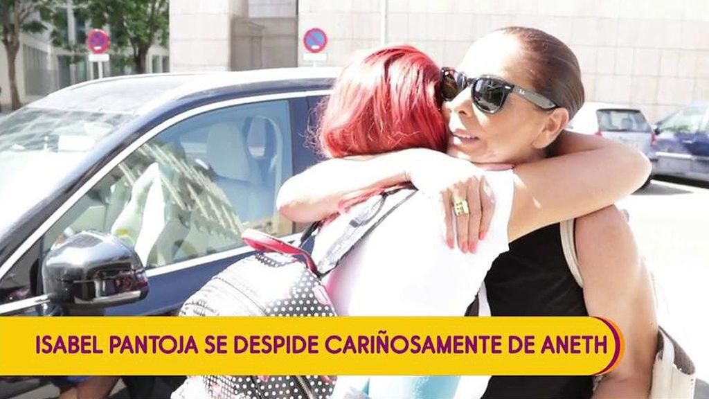 """Isabel Pantoja ha sido víctima de una trama orquestada por la amiga de Chabelita, según Gema López: """"Cuidadito con Aneth"""""""