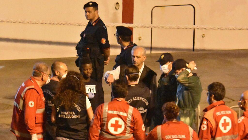 """Italia increpa a la UE sobre inmigración: """"¿A qué esperan para intervenir y que podamos repartir a los migrantes?"""""""