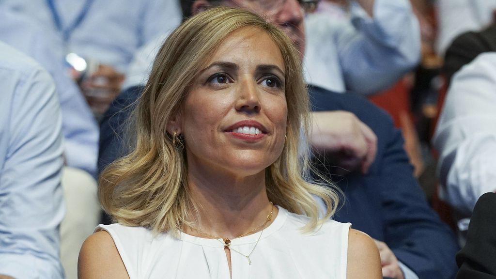 Psicóloga, familiar y muy tradicional: Isabel Torres, la mujer de Pablo Casado (que se parece a Ana Aznar)