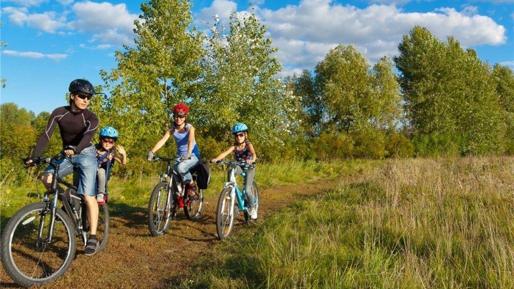 Los beneficios de montar en bici: evita infartos y depresiones