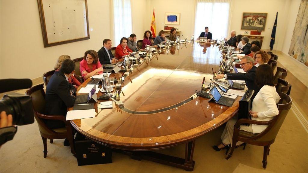 Sánchez reúne a sus ministros en Toledo para reflexionar sobre los retos de España