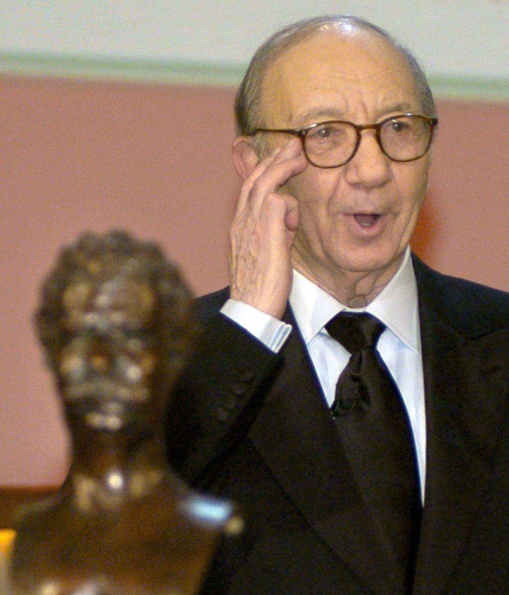 Muere el dramaturgo Neil Simon a los 91 años de edad