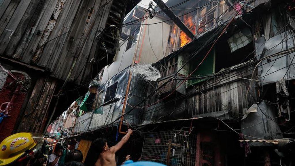 Cinco hermanos pierden la vida en un incendio en Manila