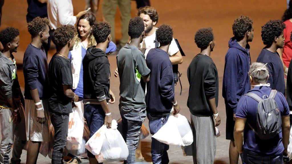 Detenidos por tráfico de seres humanos cuatro de los rescatados por el 'Diciotti'
