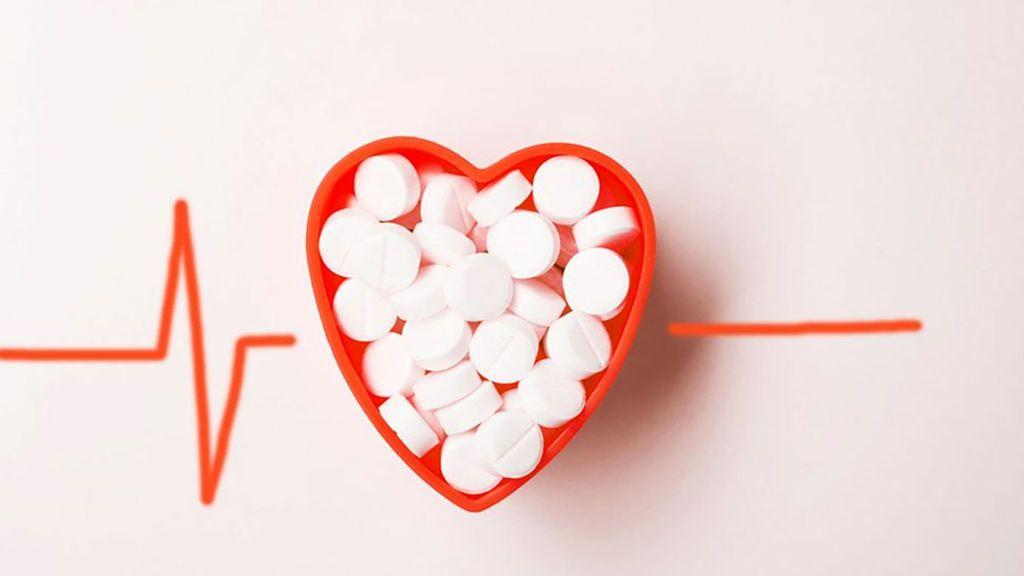 Un estudio científico pone en duda que la aspirina prevenga el primer infarto