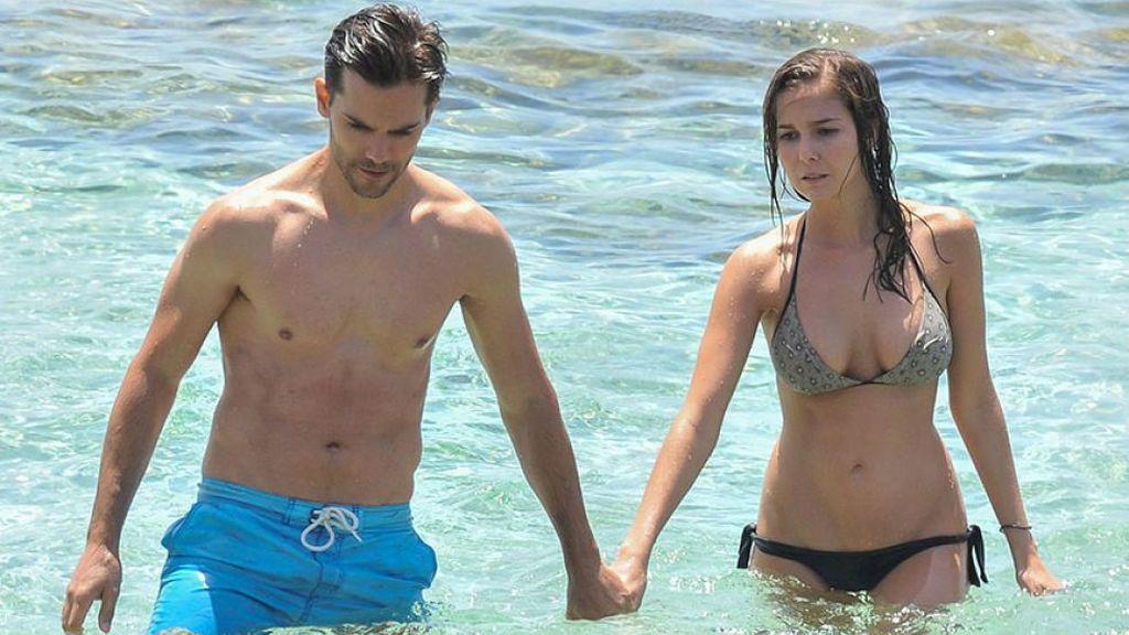 Marc Clotet y Natalia Sánchez, fotografiados durante sus vacaciones en Ibiza (2015).