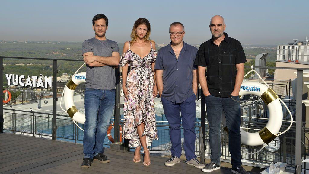 Rodrigo de la Serna, Stephanie Cayo, Daniel Monzón y Luis Tosar, en el 'junket' de prensa de la película 'Yucatán' el 28 de agosto de 2018.