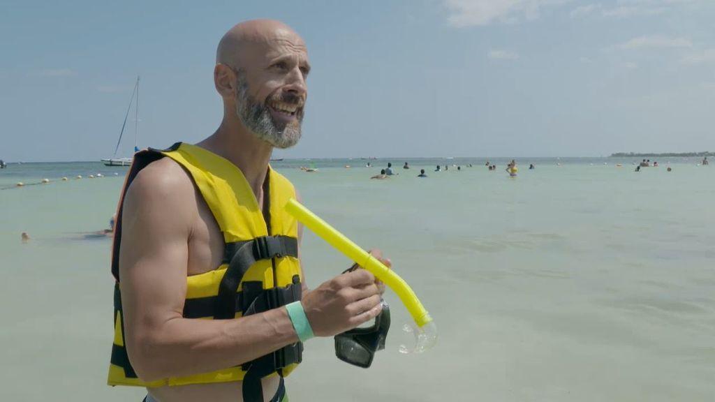 La playa propiedad de la familia Bush, destinada para nadar entre tortugas